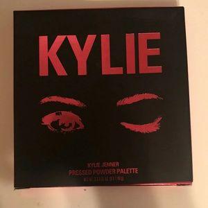 "The Kylie Jenner ""Burgundy Palette"""